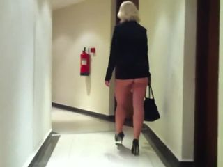 Hot & sexy blonde MILF dancing like a..