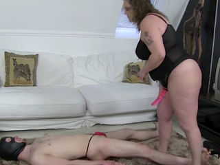 Strap On Action With Lady Tiger - BBW..