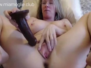 Milf wants to have sex - now online on :..