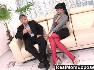 RealMomExposed - Horny secretary loves a..