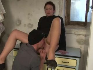 delivery man fuck horny mature owner