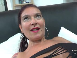 Big titted Amateur french mom analized..