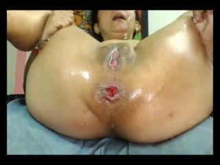 Old Broad Gets Her Squirt On