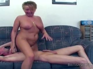 Amateur mature housewife fucked hard and..