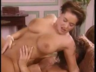 BUSTY MATURE MILF LOVE ANAL