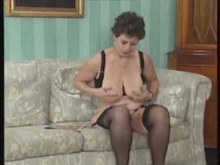 GERMAN MATURE FUCKED AND FISTED BY THREE..