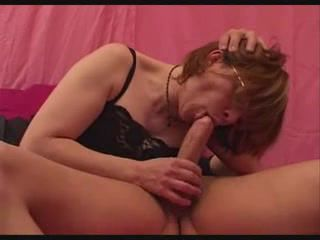 French mature in lingerie gets her pussy..