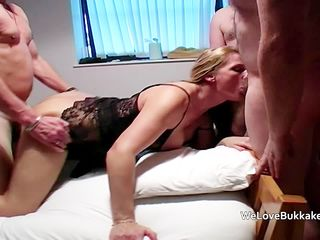 Teen and older lady group sex with..