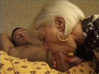 France Mom - Mature & Hardcore Porn Video
