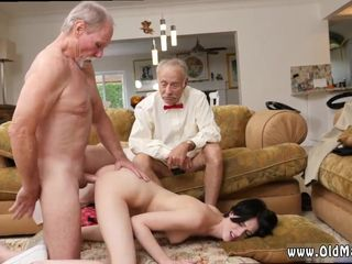 Old man black girl and old man fuck thai..