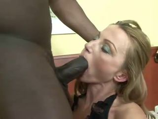 Sexy Mature Fucked and Analized by Black..