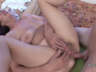 Mom caught young germen step-son and get..