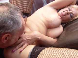 Horny Cougar Starr Shows Off Huge TIts &..